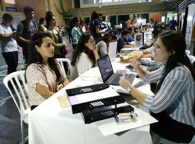Lanzan feria virtual de empleo para cubrir 800 vacancias
