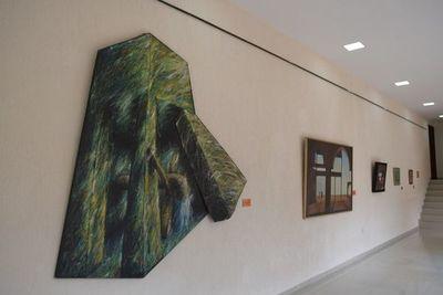 Habilitan muestra pictórica de Pedro Agüero en el CEMA de Encarnación