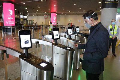 Cerca de 8.000 personas viajarán en la reapertura del aeropuerto de Bogotá