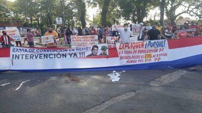 Denuncian creación de comisiones  para desvíos millonarios, en Ñemby