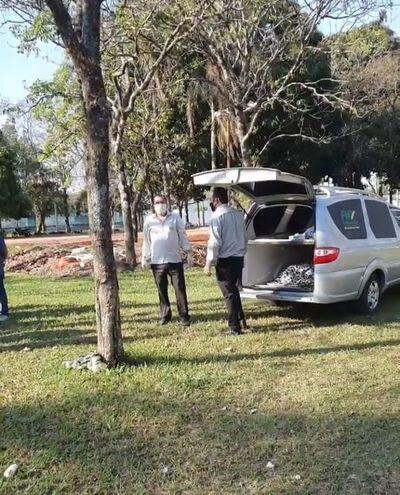 Hallan sin vida a un indígena en una plaza céntrica de Pedro Juan Caballero