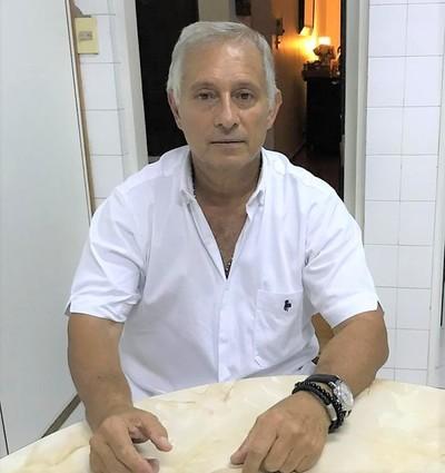 """Piden investigar a ex concuñado de Marito, """"zar de las licitaciones"""" en IPS y posible dueño de edificio vip"""