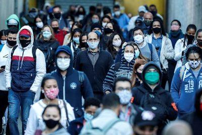 Brasil prorroga hasta final de año los subsidios a los más pobres por la COVID-19