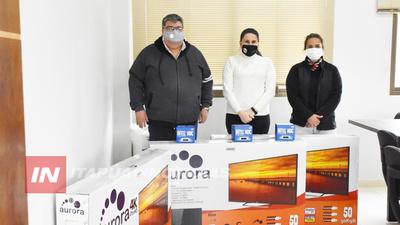 GOBERNACIÓN PROVEE EQUIPOS PARA IMPLEMENTAR SISTEMA INFORMÁTICO EN EL HRE