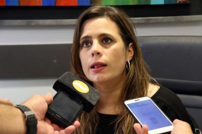 """Kattya sobre aspiración de Payo: """"En estos momentos hablar de una candidatura presidencial es hasta irrespetuoso"""""""