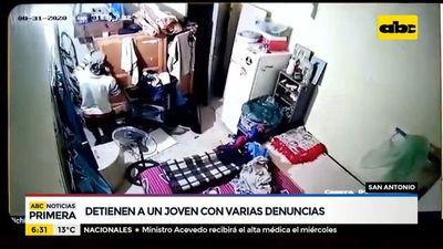 Detienen a un joven tras robo domiciliario en San Antonio