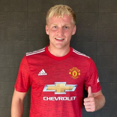 El United ficha a van de Beek