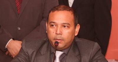 Junta Municipal suspende por 60 días a Carlos Ferreira