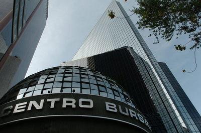 Bolsa mexicana pierde 1,16 % empujada por la debilidad del consumo interno