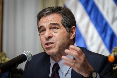 El excanciller y senador uruguayo Ernesto Talvi anuncia su retiro definitivo de la política