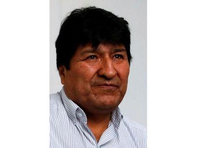 Postulación de Evo calienta campaña electoral boliviana