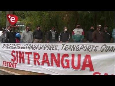 CHOFERES RECLAMAN REIVINDICACIONES A EMPRESA DE TRANSPORTE