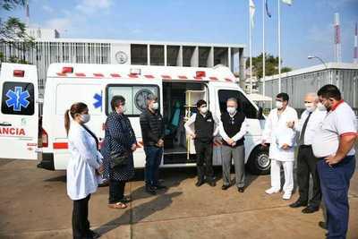 ITAIPU pone a disposición ambulancia con UTI para lucha contra el COVID-19 en Alto Paraná