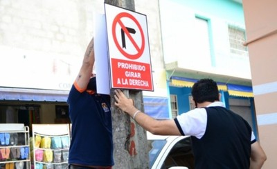 Señalizan calles de sentido único en el Mercado de Abasto de CDE