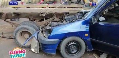 Aparatoso accidente en zona de Semidei