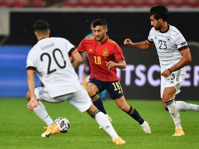 España firma un empate ante Alemania en el regreso de Luis Enrique