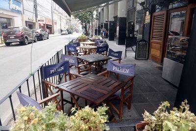 """Gastrónomos piden salir a las calles """"lo antes posible"""""""