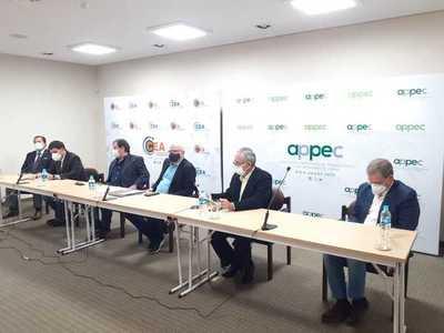 Marfrig firma alianza con Appec y prevé invertir en Paraguay US$ 100 millones en 24 meses