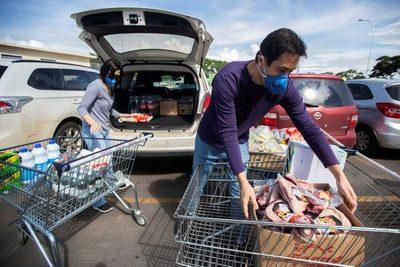 Bolsonaro pide que los supermercados bajen el precio de los alimentos por «patriotismo»