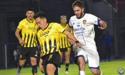 Luqueño, sin Pitta, fue goleado por Guaraní •