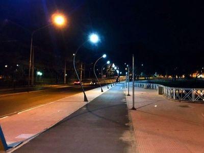 Se recuperan  entorno y  sistema lumínico del Lago de la República