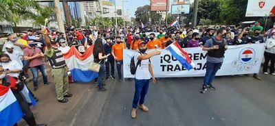"""""""Me arrepiento de haber votado por este Presidente"""", dice manifestante en Ciudad del Este"""