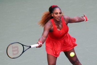 Serena Williams vence a Stephens y Tsitsipas cae ante Coric