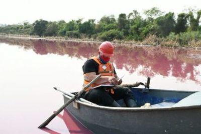 Realizan mediciones de volumen en la contaminada Laguna Cerro