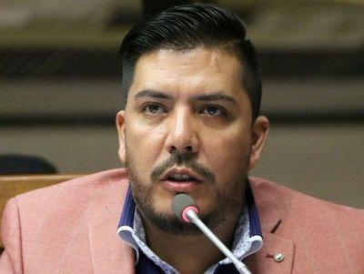 Luego de varias chicanas se pudo realizar la preliminar en contra del diputado Carlos Portillo