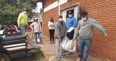 La Nación / Productores frutihortícolas recibieron asistencia tras el azote de las heladas en Paraguarí