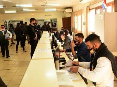 Municipalidad busca pagar la mitad del salario a contratados en CDE