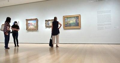 La Nación / Un MoMA casi desierto reabre sus puertas en Nueva York