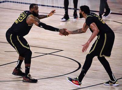 Los Angeles Lakers empataron las semifinales de la Conferencia Oeste