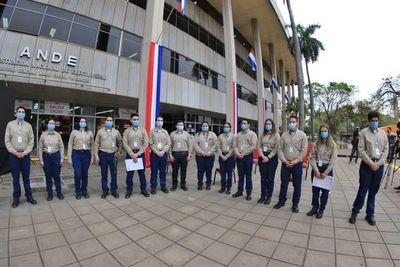 ANDE incorpora 291 nuevos funcionarios y anuncia que busca 80 más