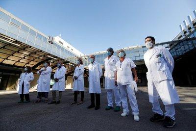 El ministro de Salud de Italia explicó para quiénes serán las primeras vacunas