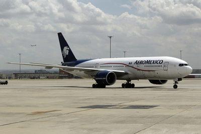 Aeroméxico recupera vuelos mientras plantearía 1.000 despidos por la COVID-19