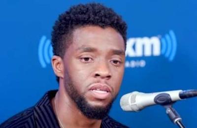 Ahora todo tiene sentido: las lágrimas de Chadwick Boseman al hablar sobre dos fans con cáncer