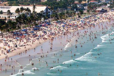 Playas y parques de casi todo Brasil repletas en jornada festiva por el Día de la Independencia