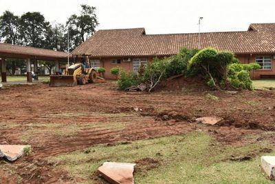 Inicia construcción de Pabellón de contingencia en el Hospital Regional