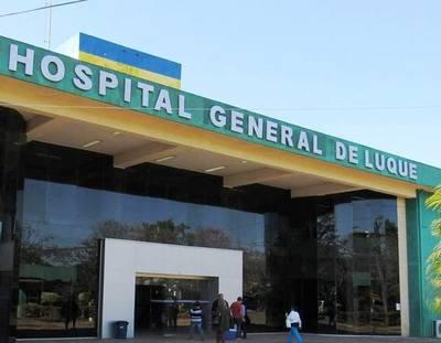 Quejas contra guardias del Hospital de Luque •
