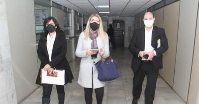 La Nación / Convocan a actuario judicial para declarar ante fiscala en investigación a jueza civil