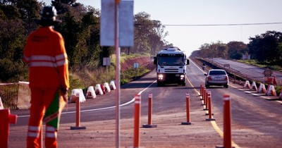 La Nación / Aplican desvíos transitorios en nueva calzada de la Ruta PY02