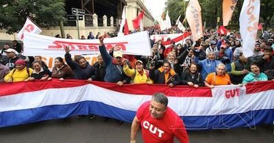 La Nación / Centrales sindicales rechazan anteproyecto de reforma de la ley de la función pública