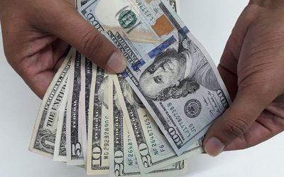 Gobierno devolvió US$ 1.165 millones a la economía para estabilizar cotización del dólar