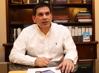 Gobernación de Paraguarí construirá unidad de terapia intensiva con recursos propios