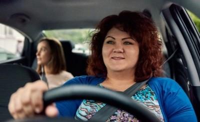 Uber suma función exclusiva para conductoras y usuarias mujeres