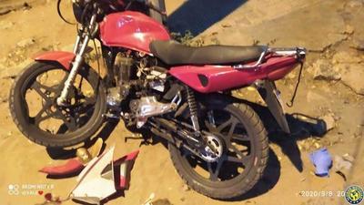 Motociclista sufre grave accidente en Luque •