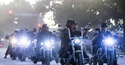 La Nación / Evento de motociclistas ligado a más de 260.000 casos de COVID-19 en EEUU