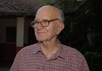 Padre Oliva con cuadro delicado de salud