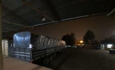 Camión de Dalia López con presunto contrabando es incautado en Alto Paraná